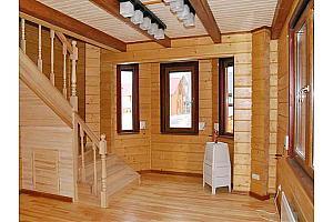 Выполнение внешней и внутренней отделки деревянного дома