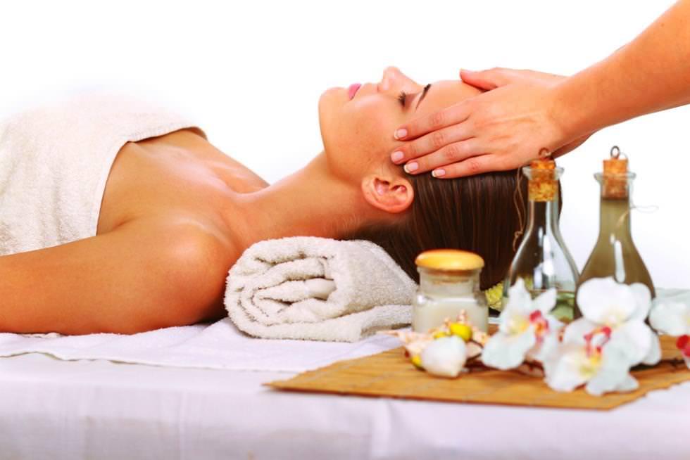Использование натуральных ароматических Масел для ухода за кожей лица